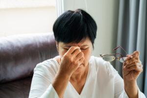 Dry Eye Relief with EyeGiene Warm Eye Compresses